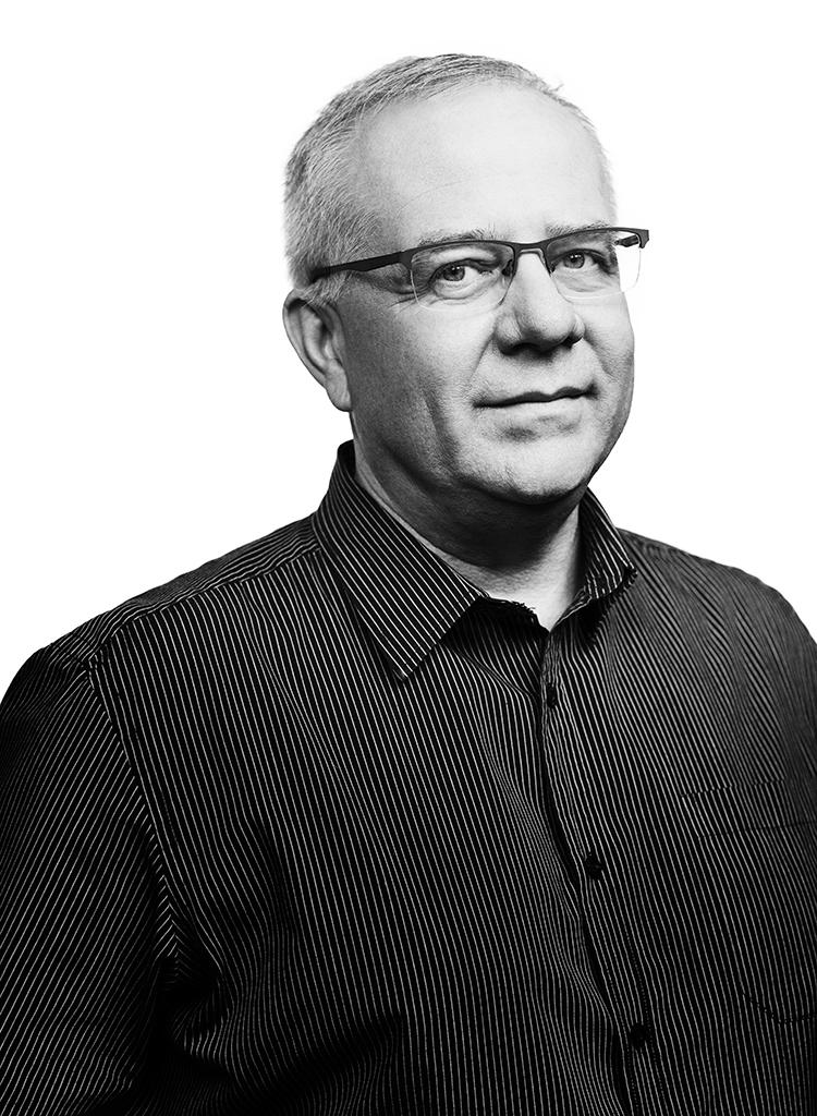 Marek Mikos